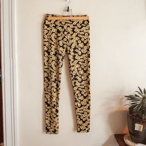 Lula Roe Yellow Daisy Leggings